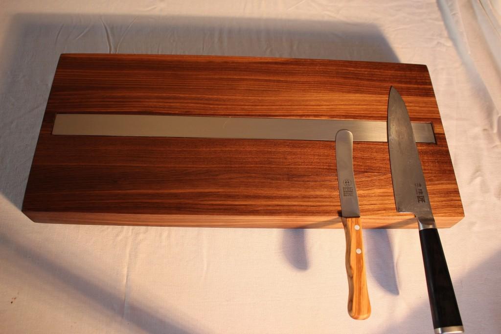 Nussbaum magnetisch Brett Messer Halter